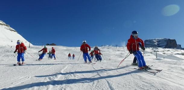 Madonna di Campiglio, 3500 sciatori al Grostè. Grande entusiasmo per il primo weekend sugli sci