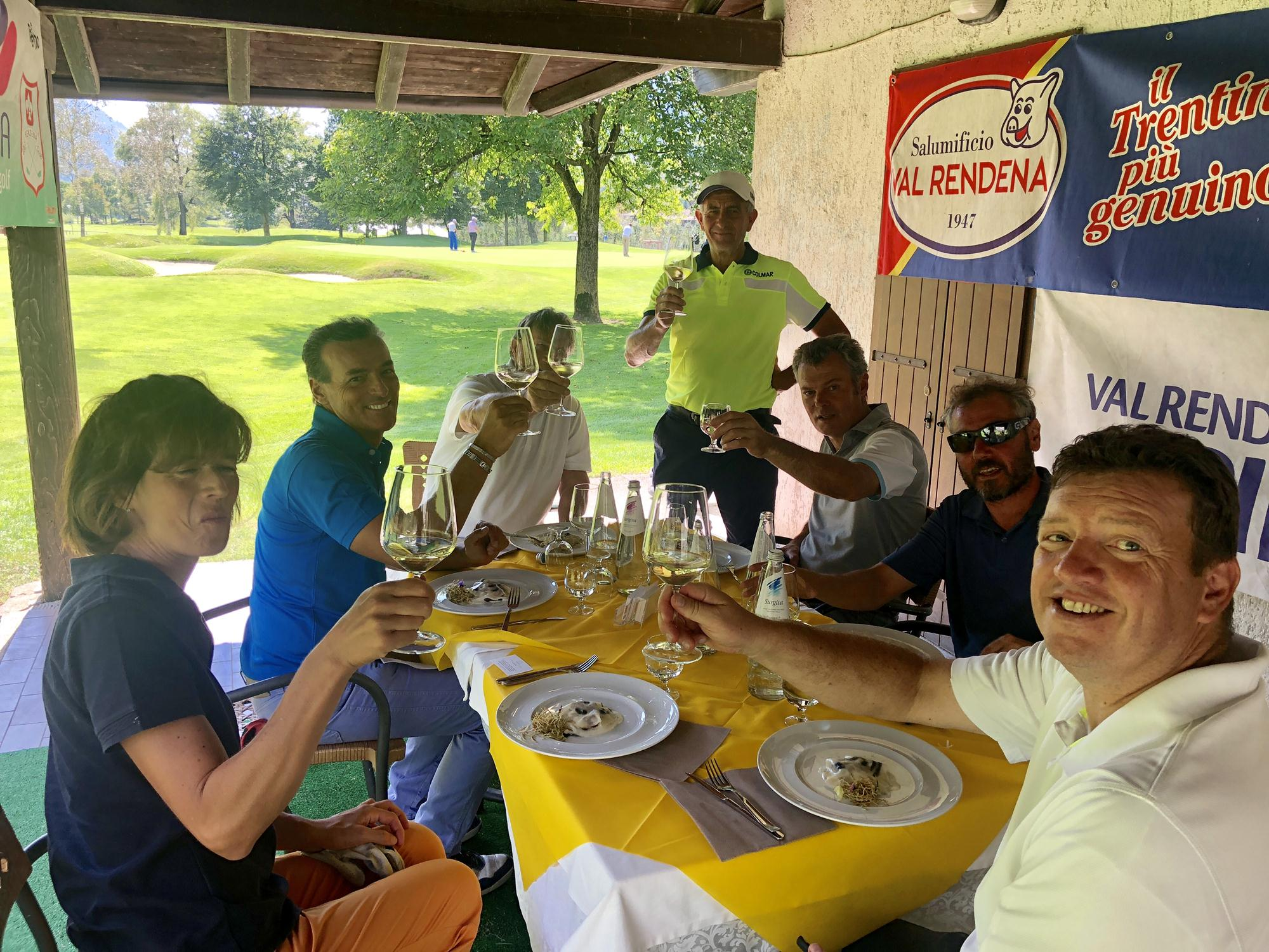 Al Golf Club Rendena grande successo per Stars on green by texbond